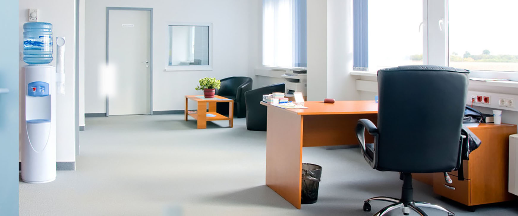 commercial office cleaning, commercial janitorial services